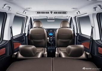 2021款菱智PLUS 2.0L手动豪华型 7座
