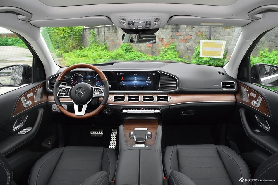2021款奔驰GLS级改款450 4MATIC豪华型