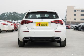 2019款奔驰A级1.3T自动A200动感型