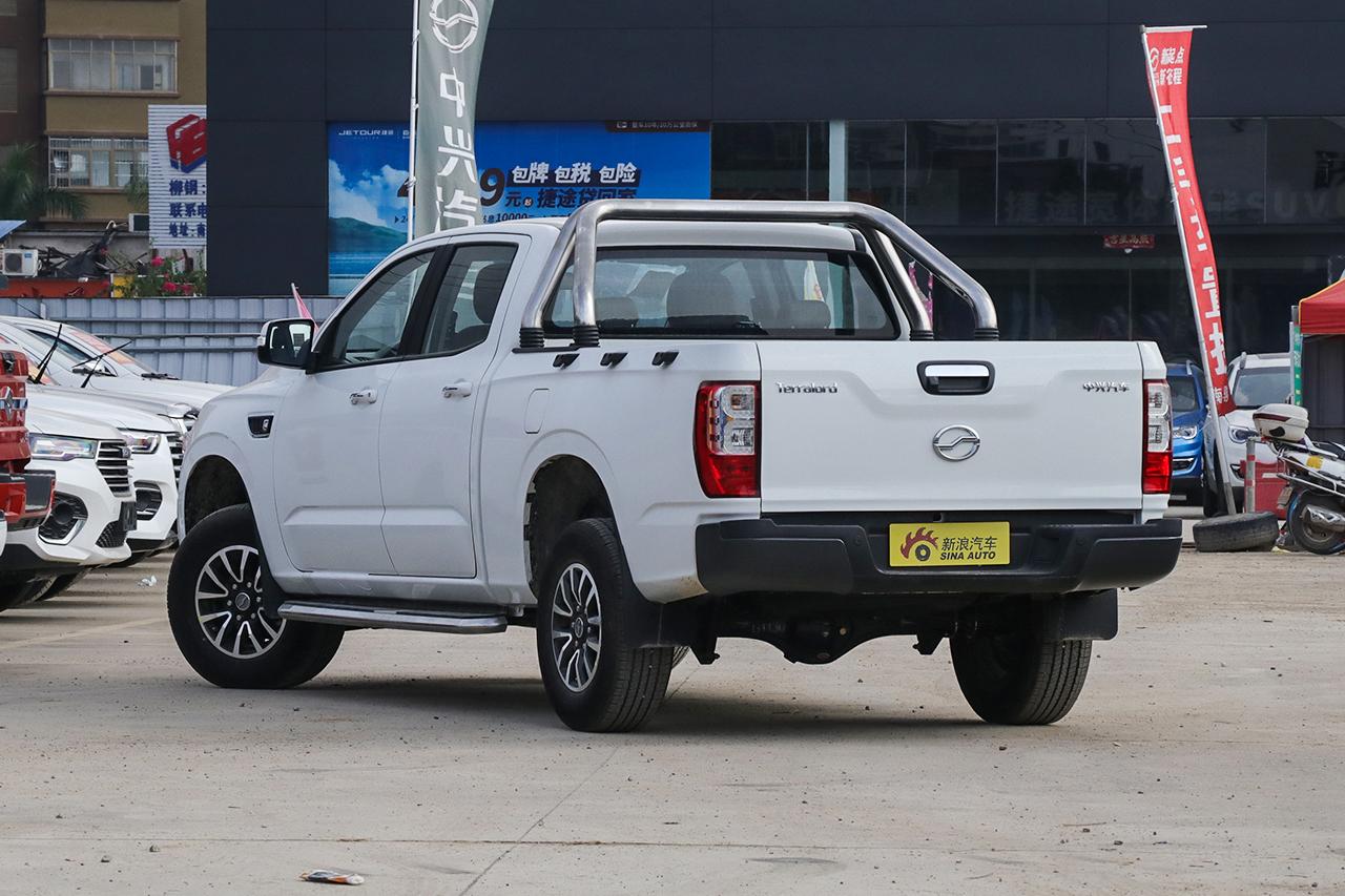 2019款领主2.5T商用版柴油两驱手动标准型大双